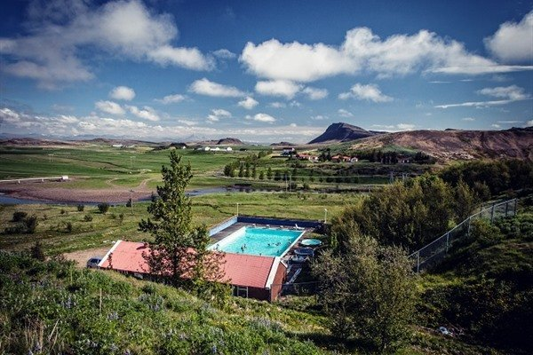 The full guide to West Iceland's pools